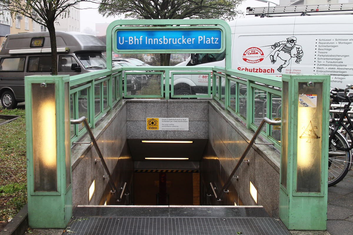 InnsbruckerPlatz_Entrance