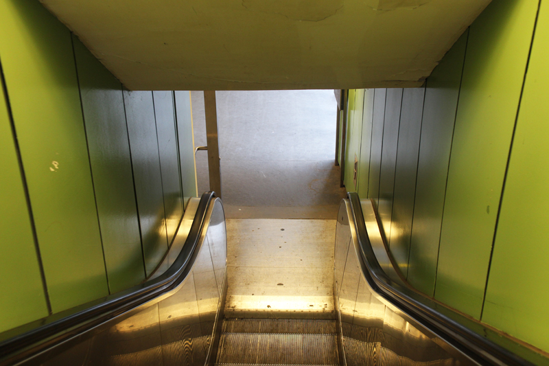 Mock_Escalator