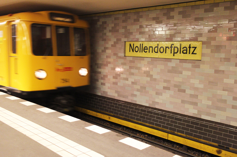 Nollendorfplatz_Train