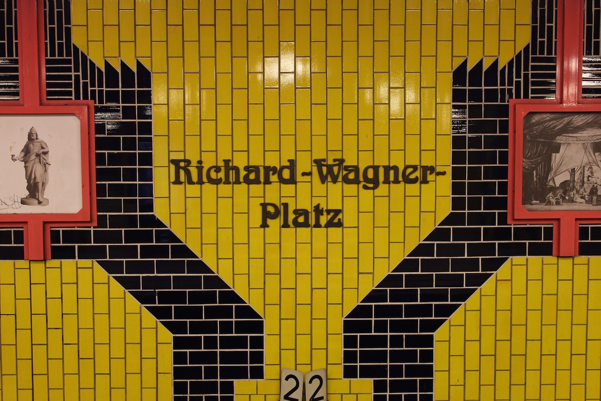 Richard_Wagner_Platz_1